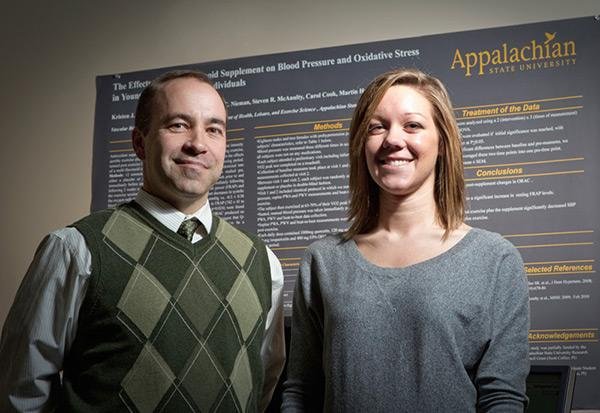 Graduate students gain top research experience with GRAM
