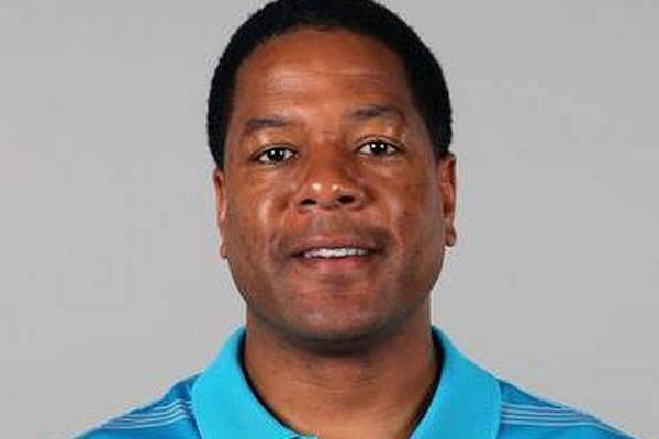Charlotte skyline a steady beacon for Carolina Panthers coach Wilks '92